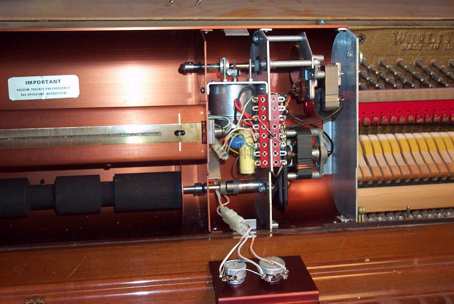 Drive Motor and Tracking Mechanism